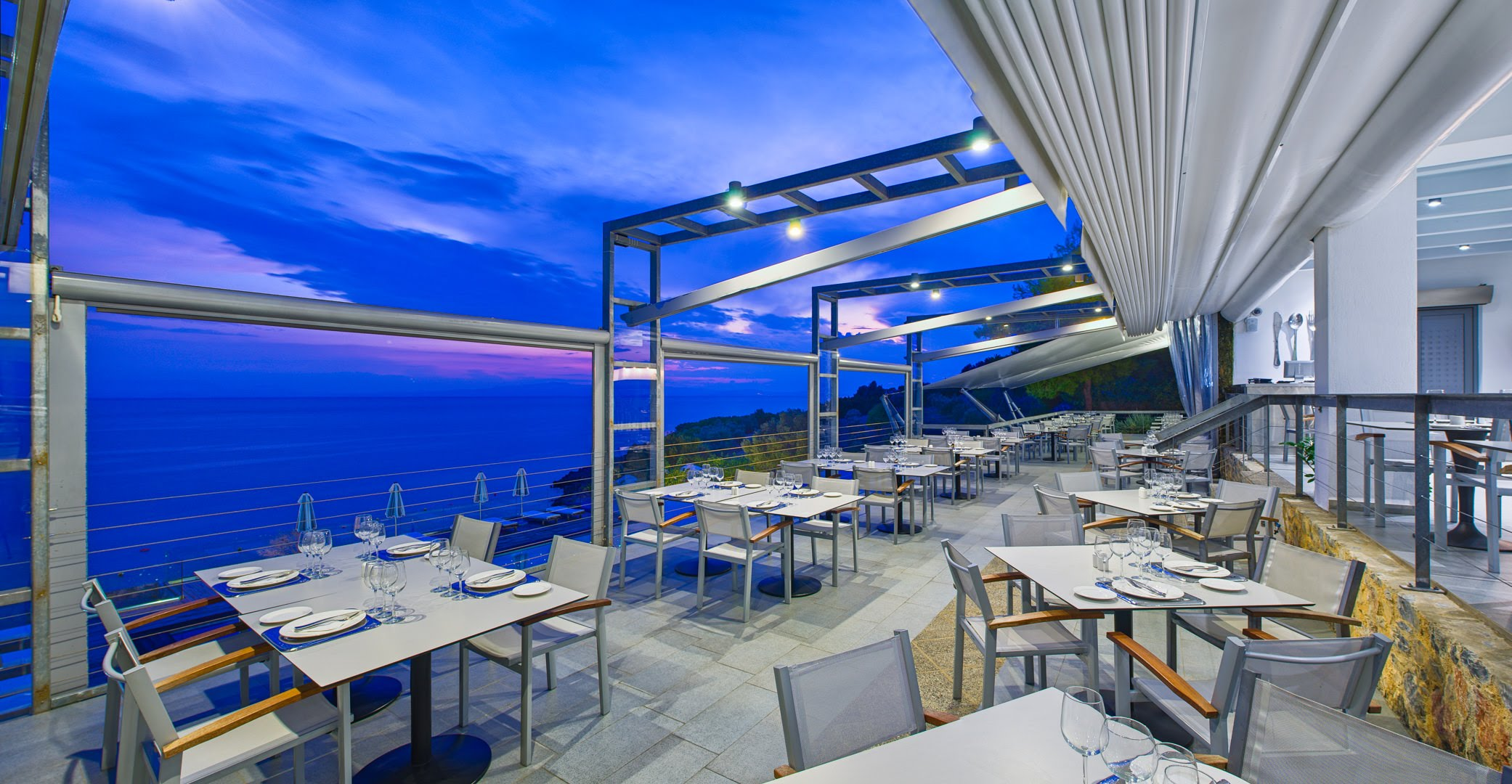 skopelos hotels adrina resort dinner restaurant 2