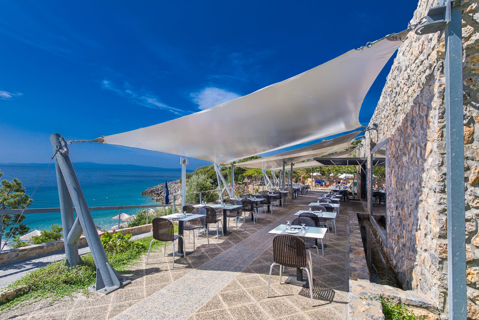skopelos restaurants adrina resort lunch restaurant 01